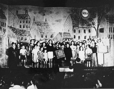 Fotografia dels nens a Terezin